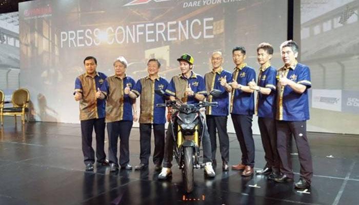 Valnetino-Rossi-dan-Petinggi-Yamaha-di-Peluncuran-motor-sport-Xabre-150-Bali